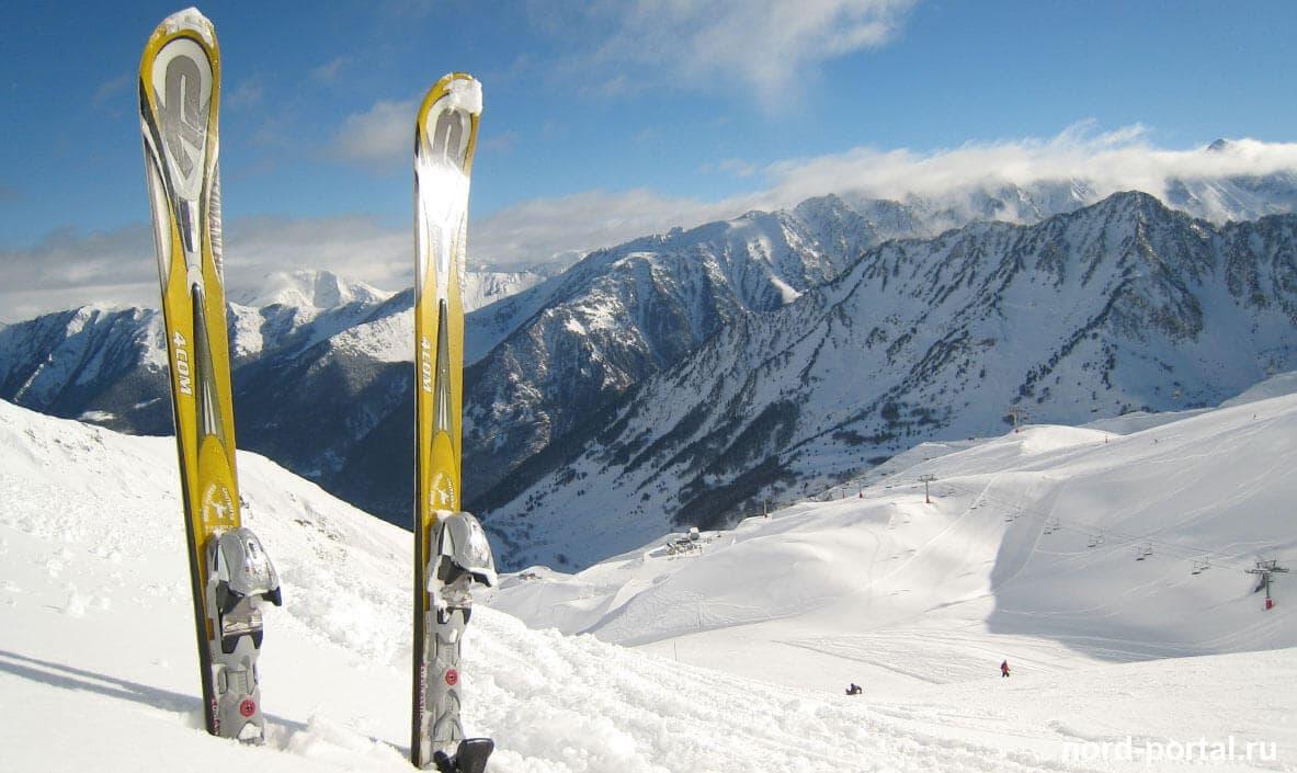 История создания горных лыж